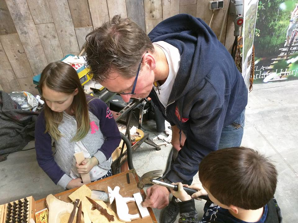 Workshop houtbewerken voor kinderen op Scandinavië XL